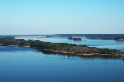 Aerial photo of Degray Lake